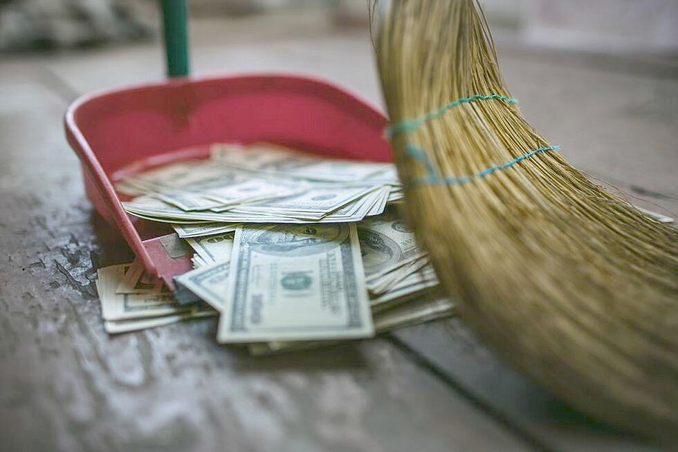 5 Glaring Signs That You're Wasting Your Marketing Budget (& How to Fix it)