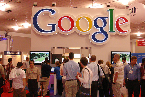 Google to Integrate User Reviews and Photos in Shared Endorsement Ads
