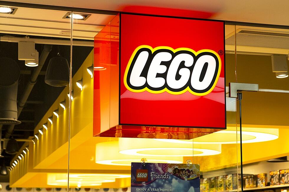 """Warner Bros. & LEGO's """"Brick Friday"""" Campaign Teaches Marketers 3 Valuable Lessons"""