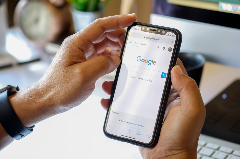 Google mobile search redesign showcases new look for the New Year
