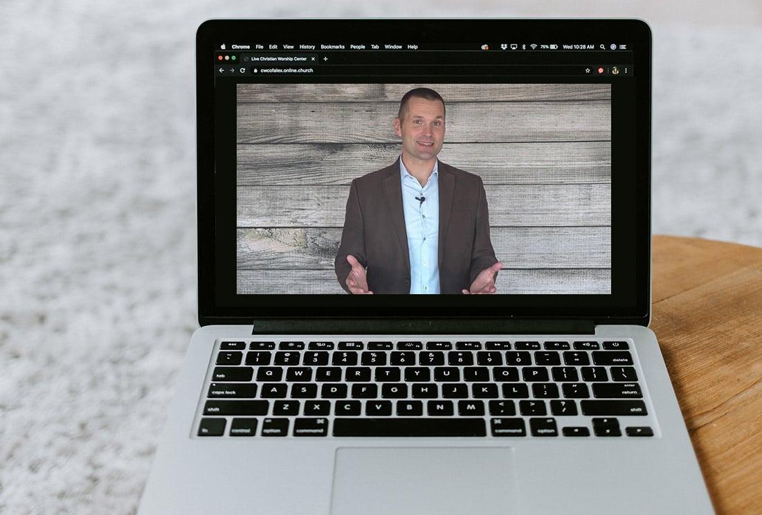 Marcus-in-Laptop-Speaking-v1