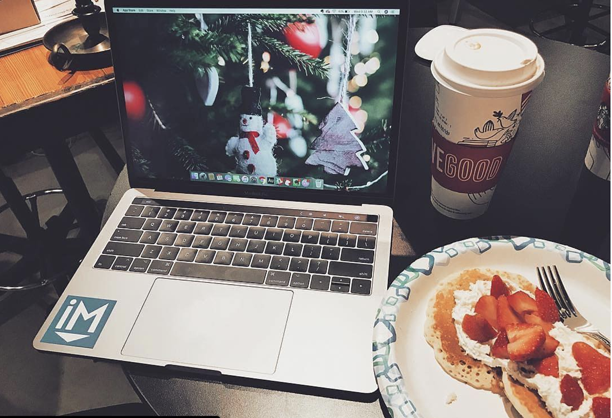 7 inspired virtual company holiday party tips you'll love