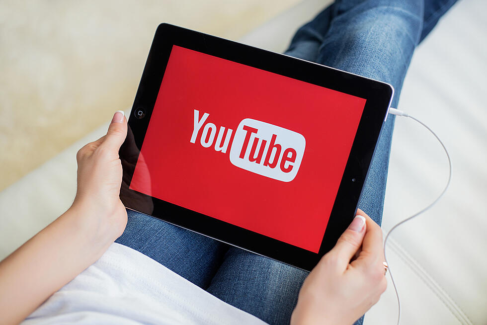 YouTube's top stats for 2020 tell who's watching what, when [Infographic]