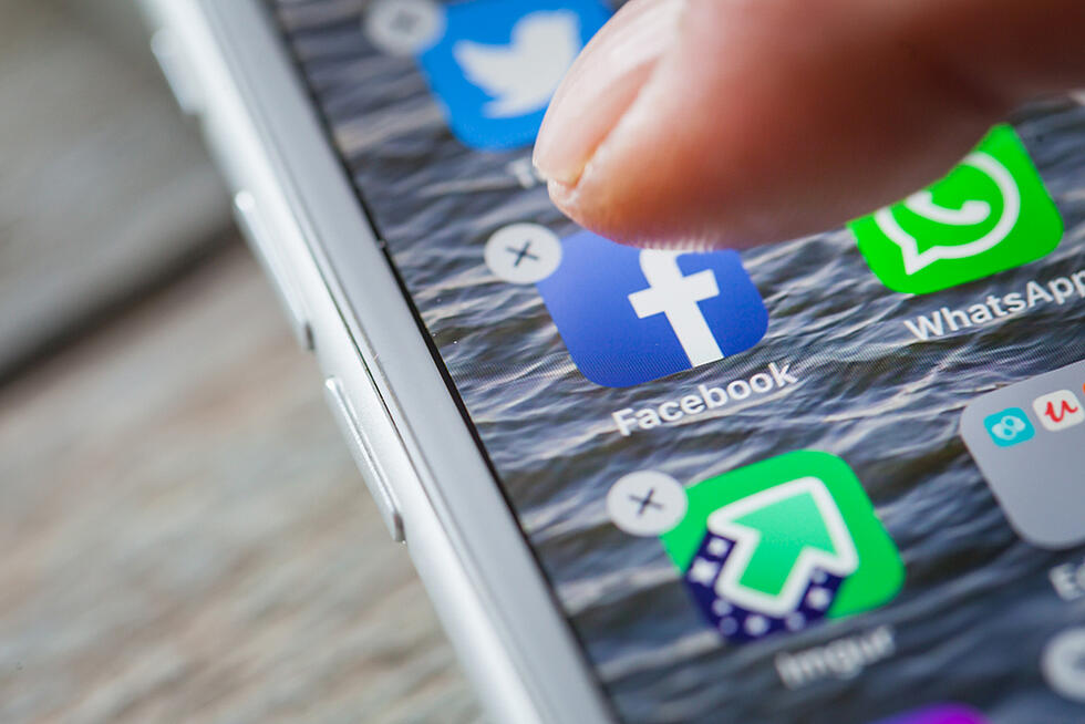Facebook's Algorithm Update Fights Misleading Health Claims