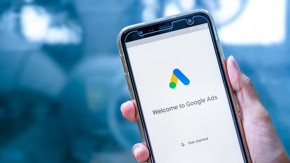 Google Ads now allows tracking of conversions by time