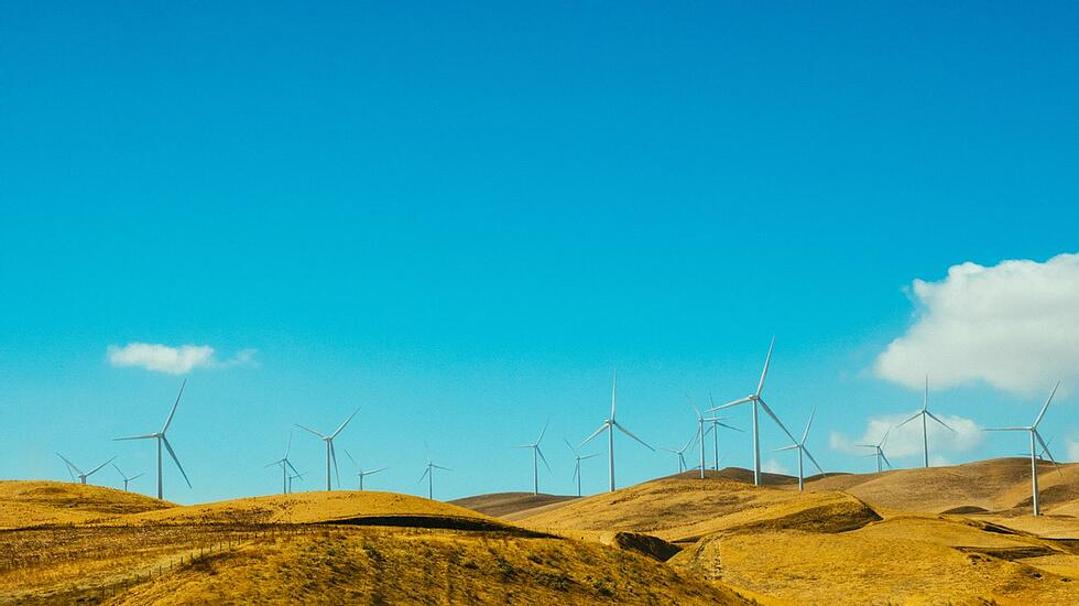 Green energy marketing strategy: The DIY approach to getting more customers