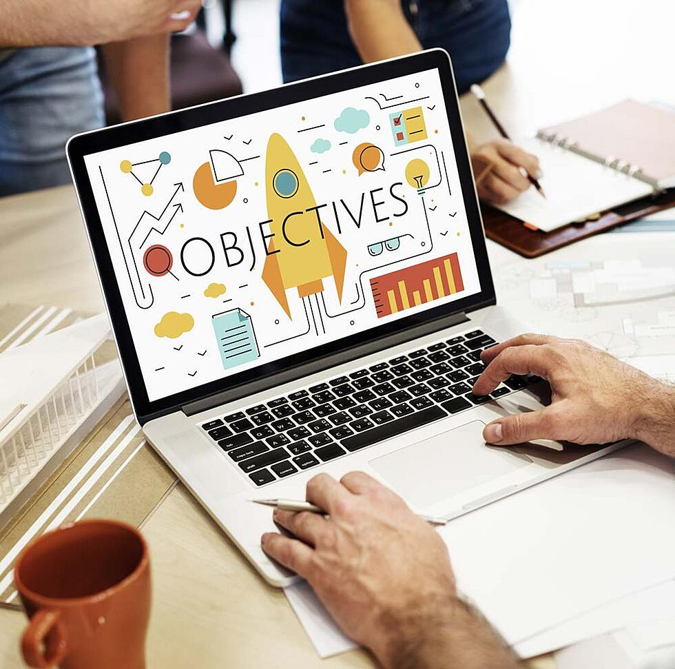 11 marketing objectives examples to guide your next digital strategy meeting
