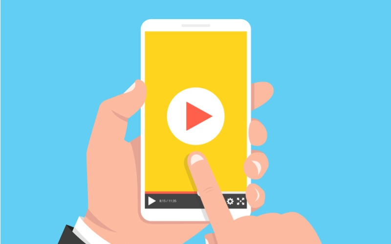 Don't flip that phone: Vertical video is a must for marketers [Infographic]