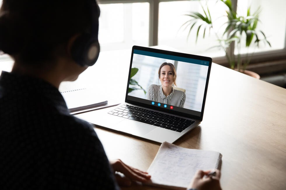 5 virtual sales appointment strategies that will help you close deals faster