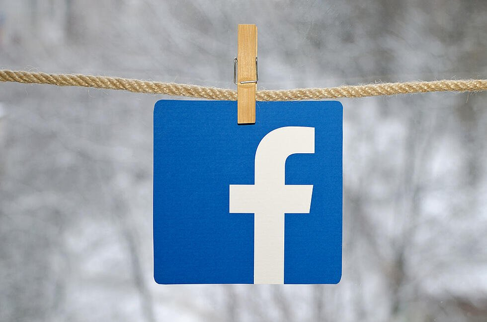 Facebook's Recent Outage Shows How the Platform's AI Tags Photos