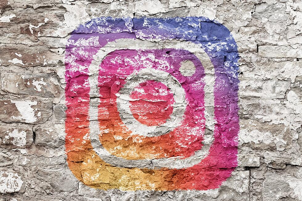 How to Spike Engagement with Instagram's Newest Features [Reposts & More!]