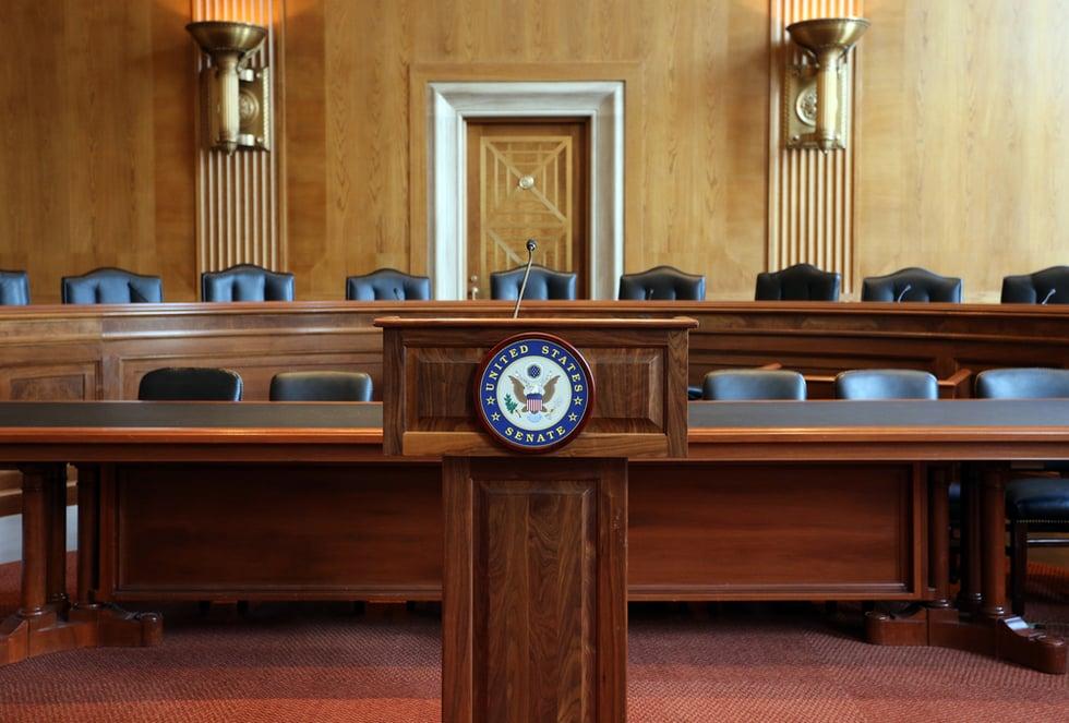 "New Senate Bill Targets Tech's ""Addictive"" Tactics To Gain Engagement"