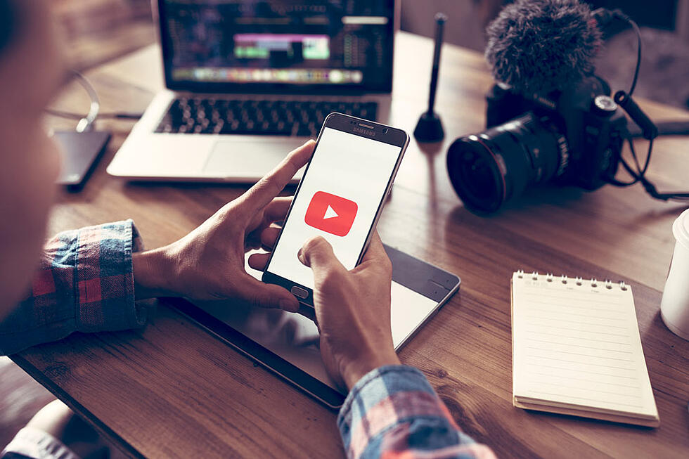 Listen up, Video Marketers! YouTube's Rolling Out New Ad Extensions